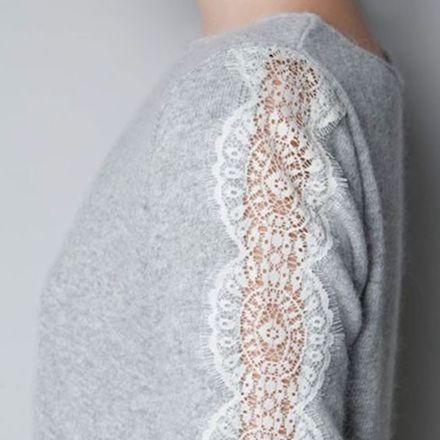 Pull en laine, ouverture manches en dentelles de l'épaule au poignet