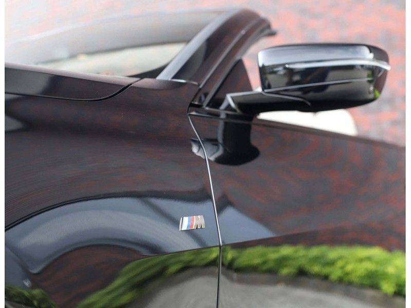 BMW 4 Serie Cabrio M440i xDrive *Trekhaak*Nekverwarming*Head-Up* afbeelding 5