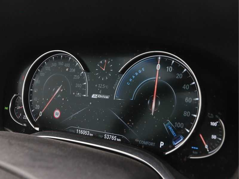 BMW 7 Serie 740Le PHEV High Executive Automaat afbeelding 3