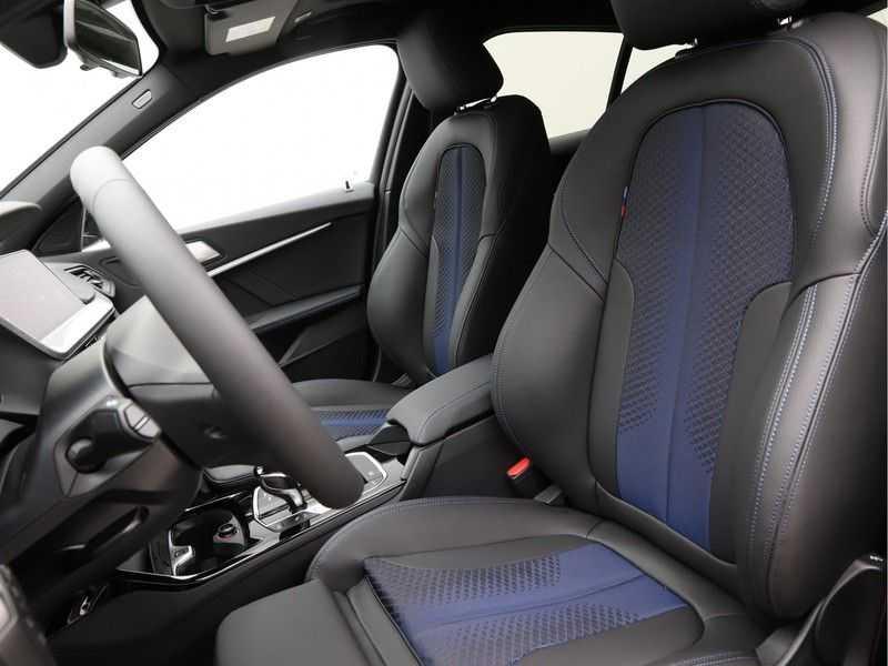 BMW 1 Serie 118i Corporate Executive M Sport afbeelding 10
