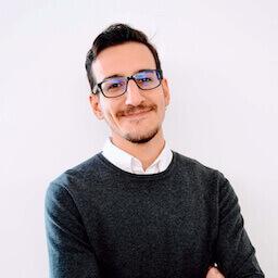Marco Cianetti nell'ufficio di 247X