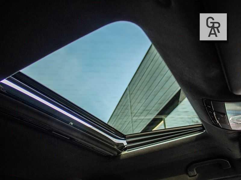 Mercedes-Benz G-Klasse G63 AMG | Schuif/kanteldak | Distronic Plus | AMG Perf. uitlaat | 22inch wielen | afbeelding 25