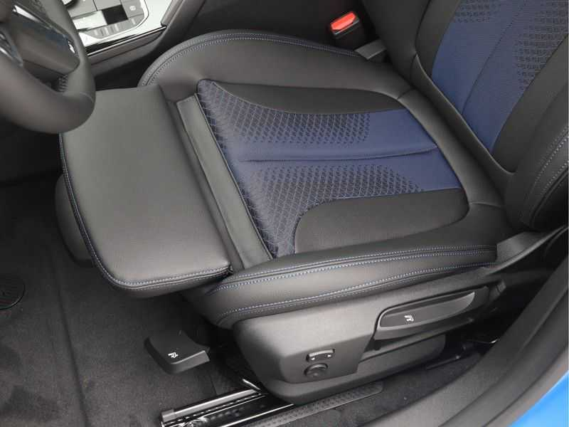 BMW 2 Serie Gran Coupé 218i Executive Edition M-Sport Automaat afbeelding 12