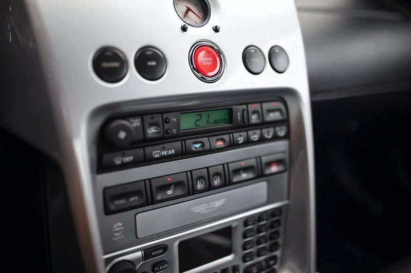 Aston Martin V12 Vanquish 5.9 *Absolute nieuwstaat!* afbeelding 12