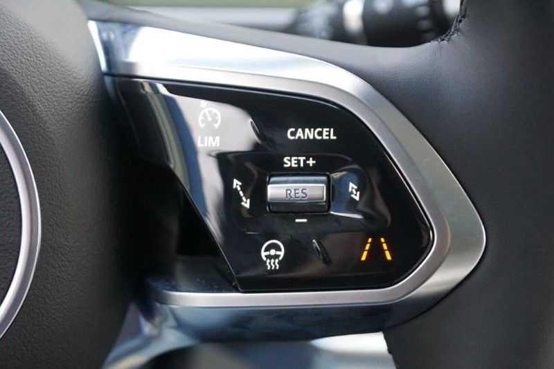 Jaguar I-PACE EV400 First Edition NIEUW uit voorraad leverbaar! / Direct rijden / Full options! afbeelding 15