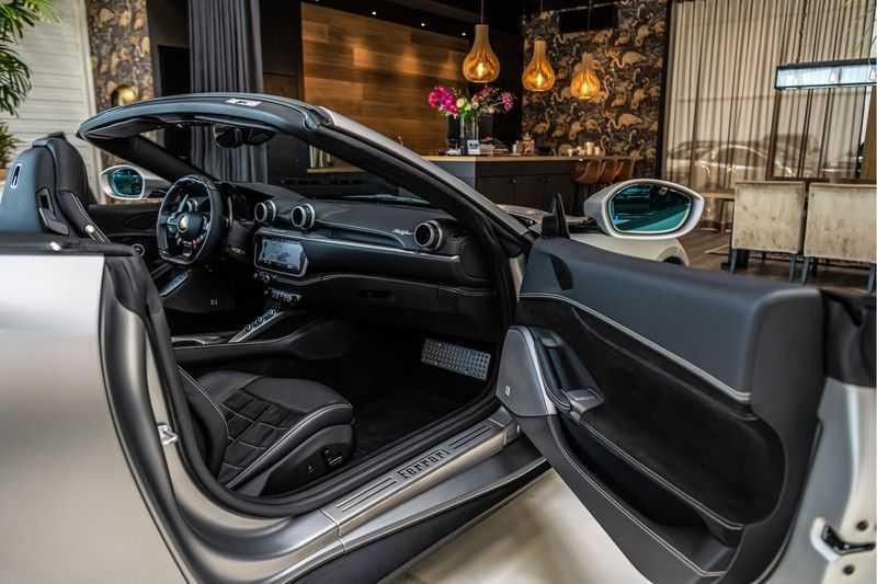 Ferrari Portofino 3.9 V8 HELE | Carbon | Alcantara | Homelink | Camera | afbeelding 24