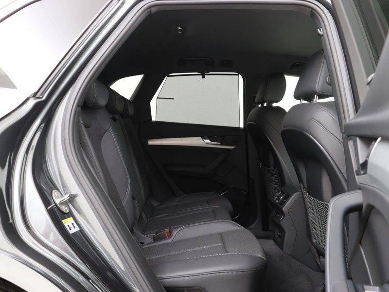 Audi Q5 50 TFSI e 299 pk quattro S edition | S-Line | Trekhaak | Elektrisch verstelbare/verwarmbare voorstoelen | Privacy Glass | Verlengde fabrieksgarantie afbeelding 23
