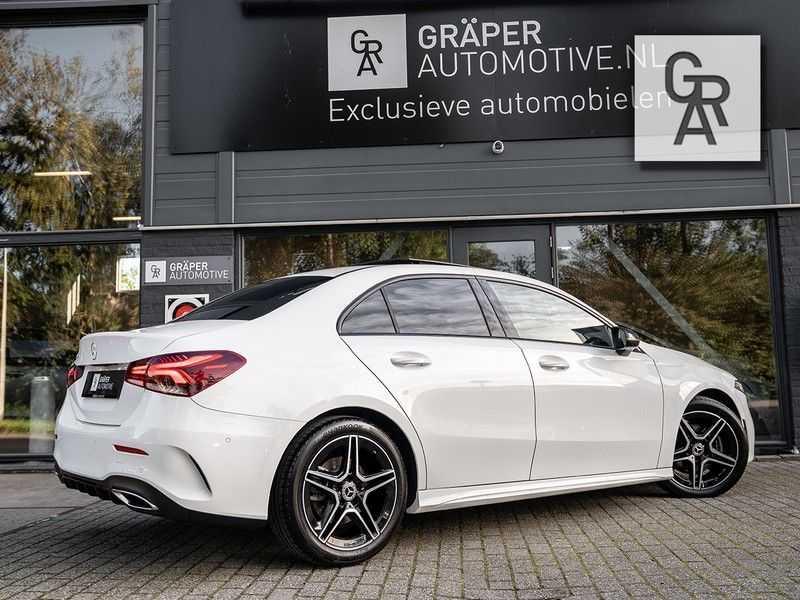 Mercedes-Benz A-Klasse A200 Launch Edition Premium Plus afbeelding 5