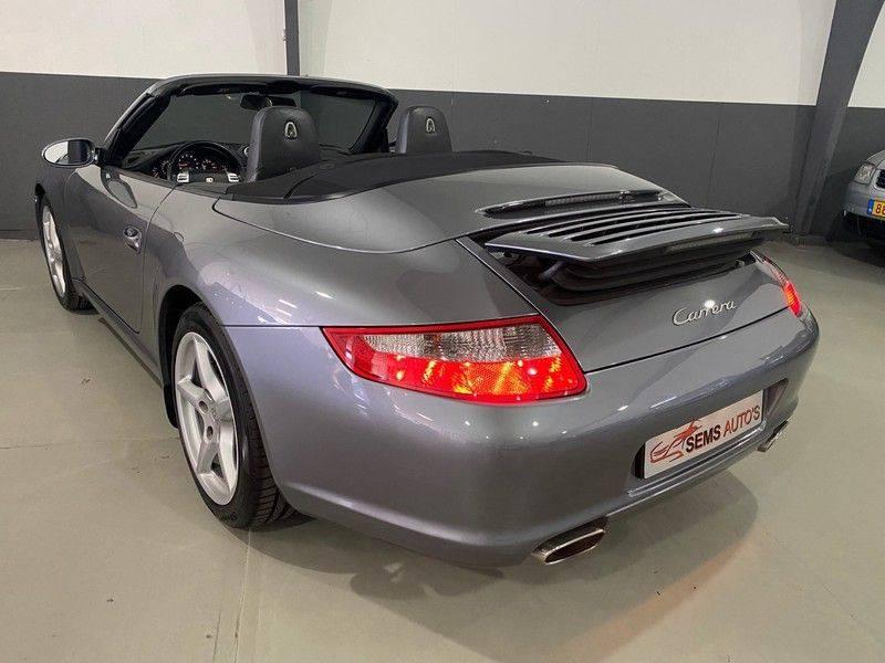 Porsche 911 Cabrio 3.6 Carrera Bose / Navi / Xenon afbeelding 20