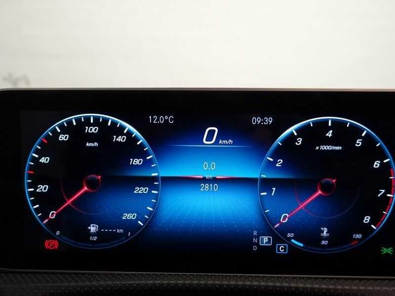 Mercedes-Benz CLA-Klasse AMG Night Edition Autom- Panodak, MBUX Widescreen, Leer, 2dkm! afbeelding 20