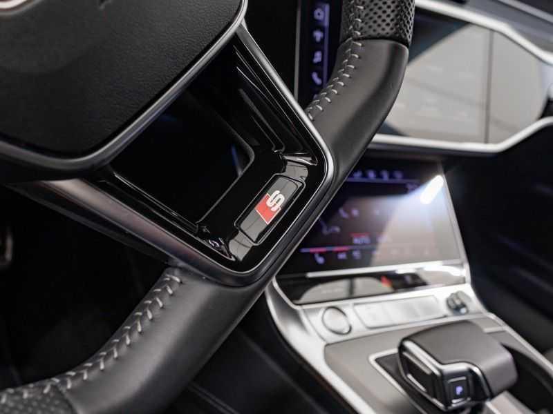 Audi A6 55 TFSI e quattro Competition Plug in Hybrid | 367PK | S-Line | B&O Sound | Nachtzicht | Camera | Adapt.Cruise | Head-Up | Trekhaak | Full Option | afbeelding 22