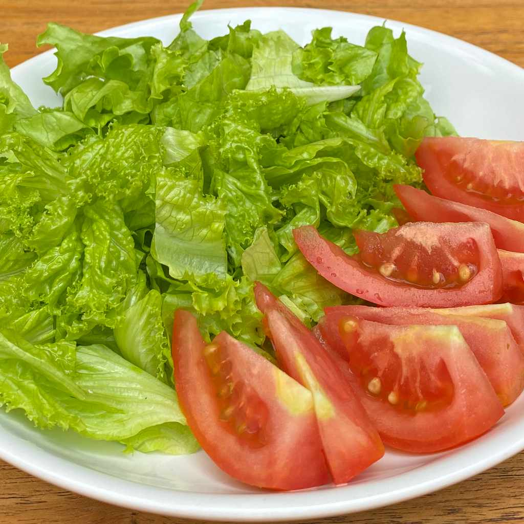 side dishes: tomato salad