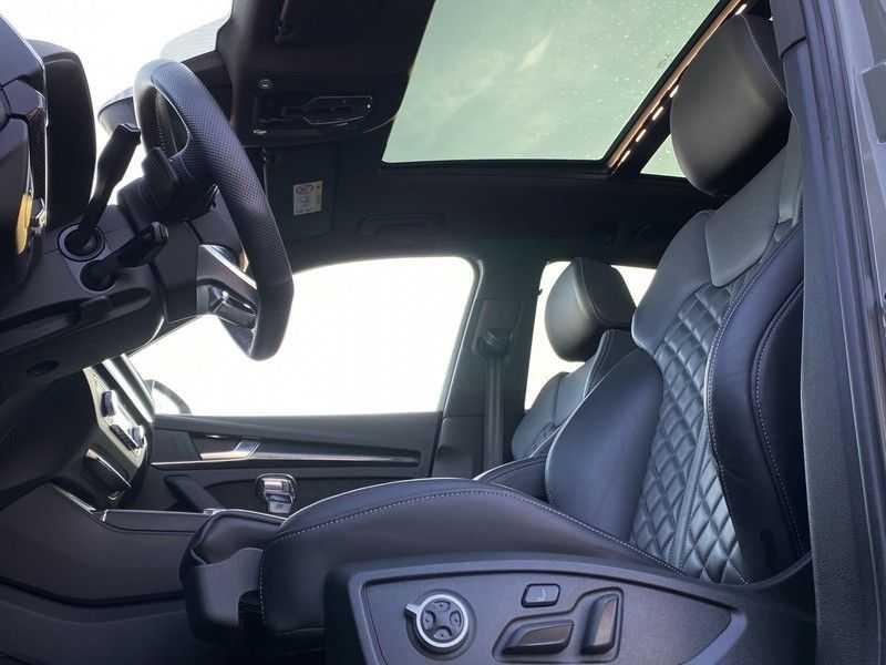 Audi Q5 2.0TFSI 252pk Quattro Black Optic Alle Opties! Lucht Tr.Haak Ruitleder Carbon Matrix Pano 20-Inch afbeelding 23