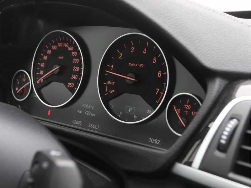 BMW 3 Serie Gran Turismo 320i High Executive Luxury Line Automaat afbeelding 4