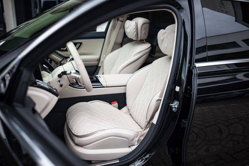 "Mercedes-Benz S-Klasse 500 4Matic Lang AMG NP €193.000 *Pano / 3D Burmester / HUD / Distronic / 21"" / 3D Display* afbeelding 5"