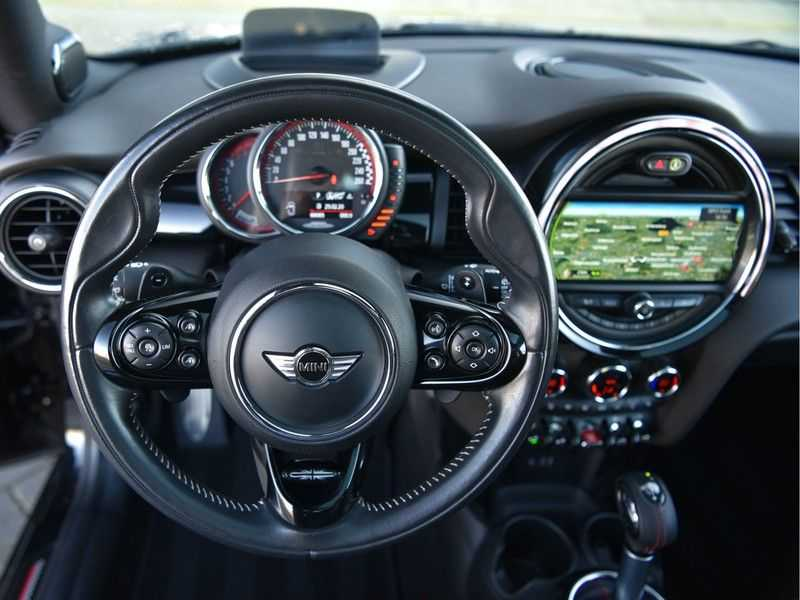 MINI Cooper S 2.0 231pk John Cooper Works Panodak Head-Up H&K Keyless DDC LED VOL! afbeelding 6