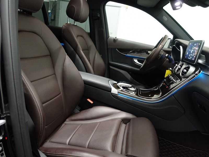 Mercedes-Benz GLC 250D 4MATIC 9G- AMG Sport Edition, Panoramadak, Leer, Full afbeelding 13