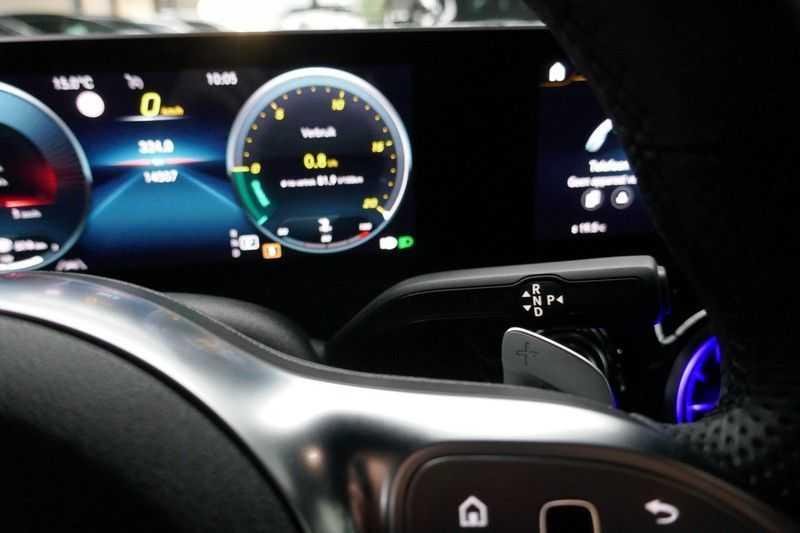 Mercedes-Benz CLA-Klasse Shooting Brake 200 d /// AMG Edition 1 Nightpakket - Sfeer verlichting afbeelding 22