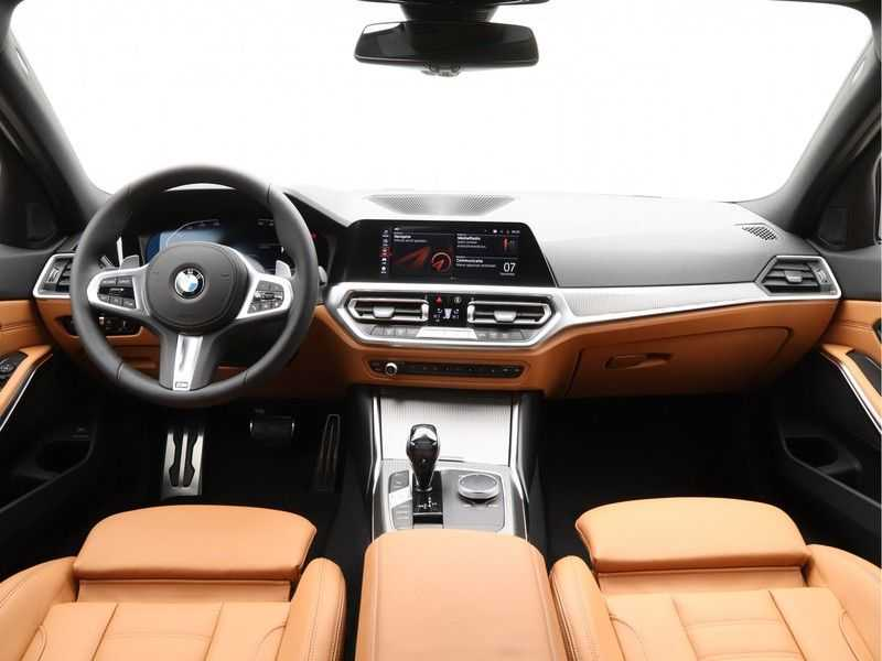 BMW 3 Serie Touring 318i Exe M-Sport Aut. afbeelding 19