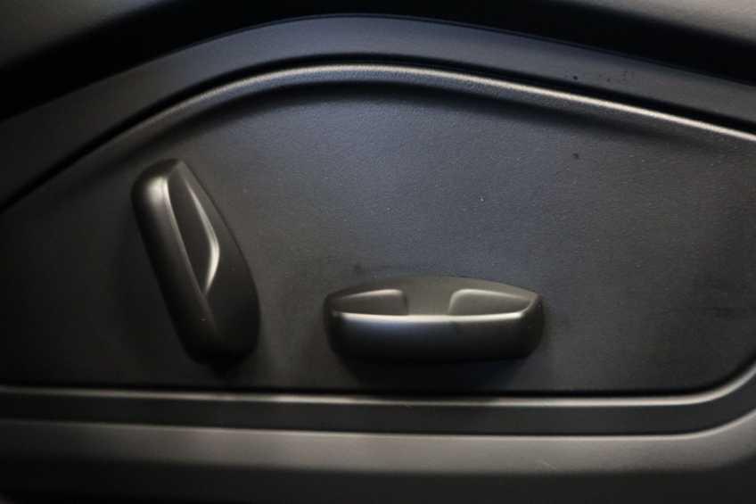 Porsche Taycan 4S Performance 571pk!   Prijs ex.btw 102.950,-   Full-Led Sport-Chrono Panoramadak Warmtepomp *tot 24 maanden garantie (*vraag naar de voorwaarden) afbeelding 26