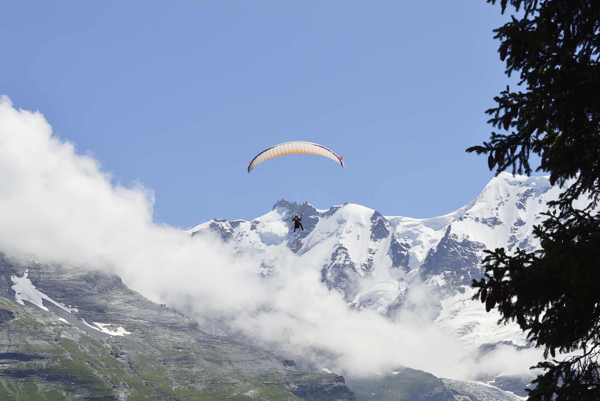 Skydiving Swiss Alps