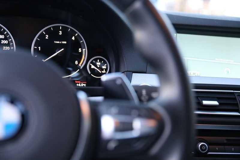 BMW 5 Serie M550D Facelift afbeelding 2