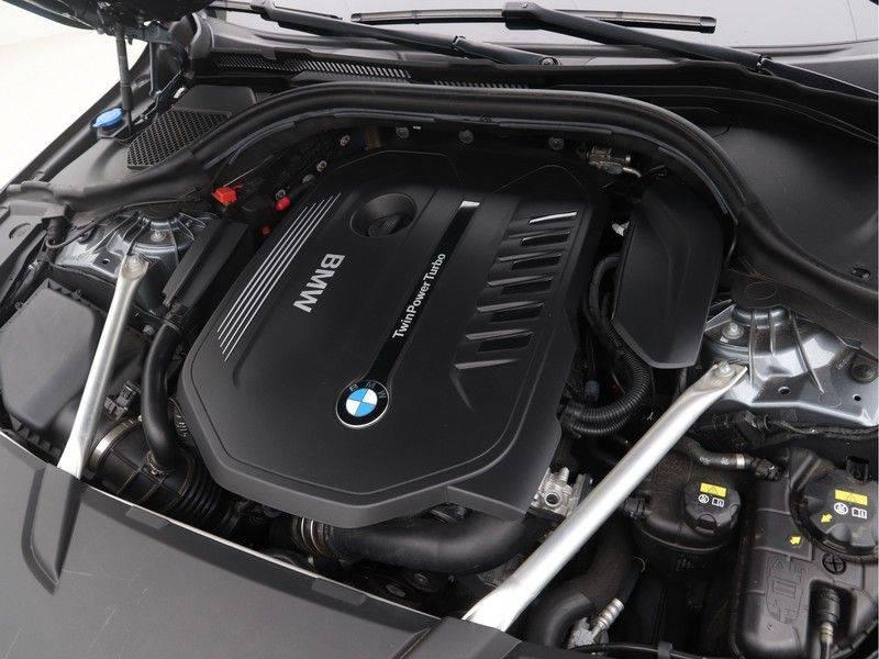 BMW 6 Serie Gran Turismo 640i M Sport High Executive afbeelding 4