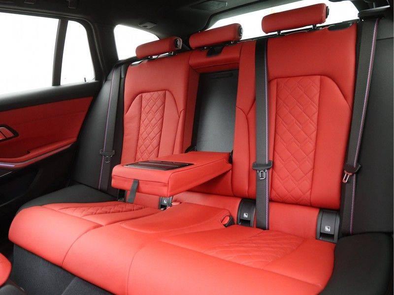 BMW 3 Serie 330e xDrive Touring High Executive afbeelding 14