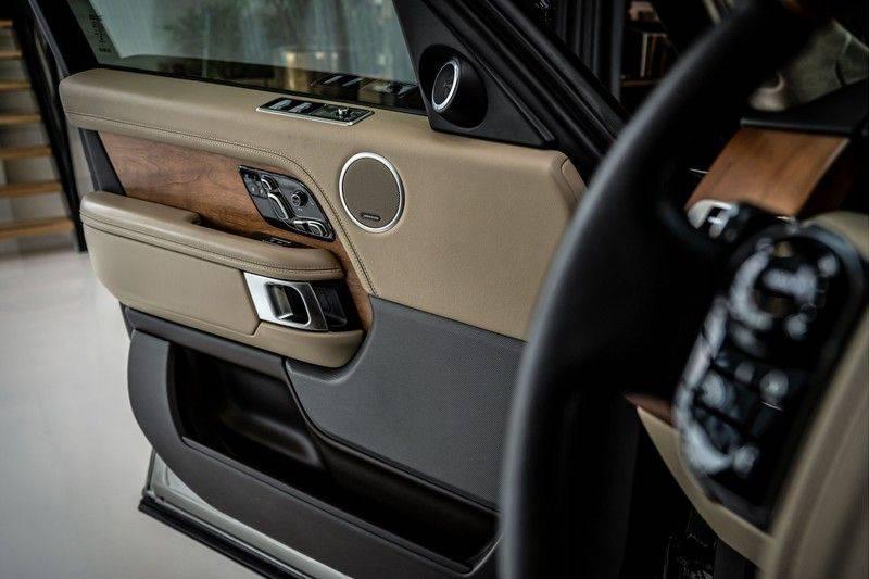 Land Rover Range Rover 4.4 SDV8 Black Pack | Panorama | Head-up Display | Trekhaak | Ambient lighting afbeelding 14