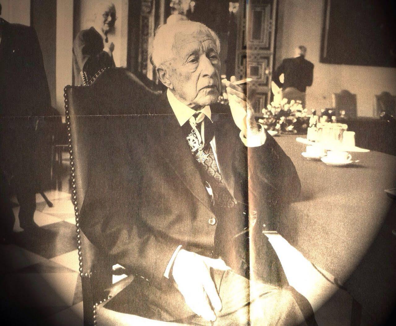 Эрнст Юнгер вдень своего 100-летия. Источник: pinterest.com