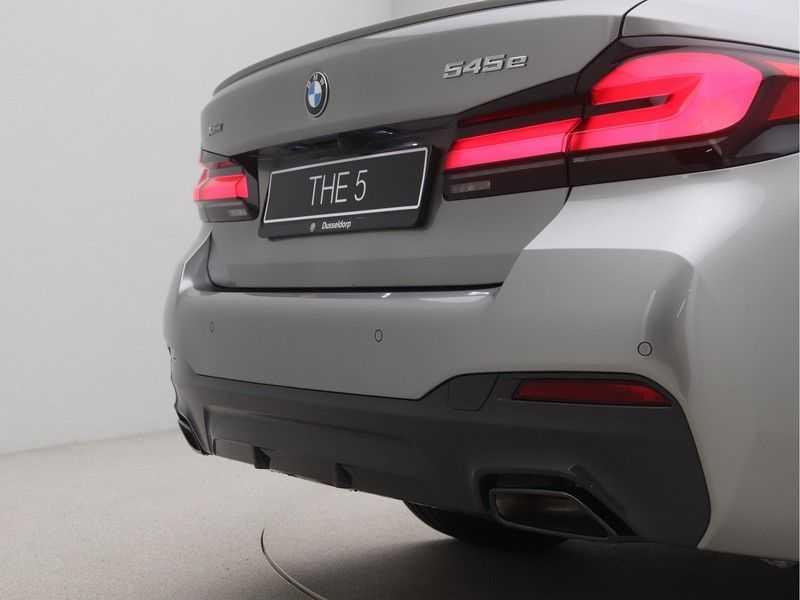 BMW 5 Serie Sedan 545e xDrive High Executive Edition afbeelding 21