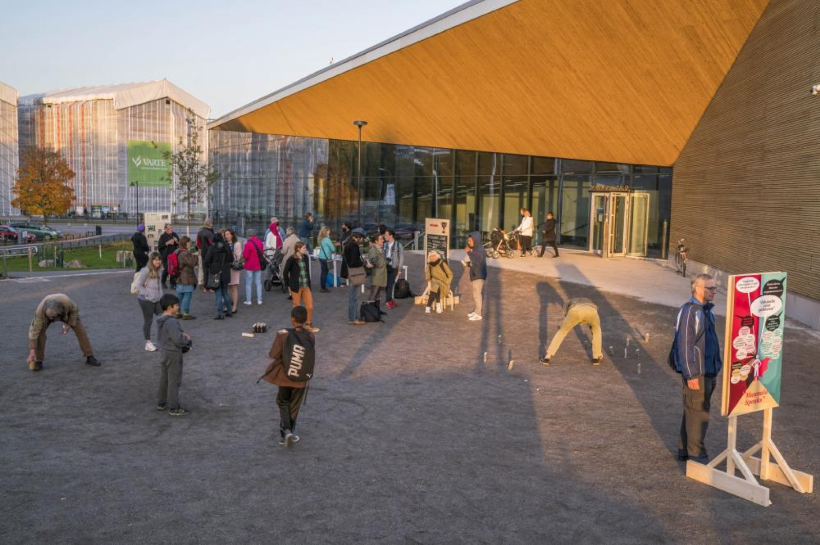 Partizaning Maunula, installation view, photo: Vesa Pekka Gronfors