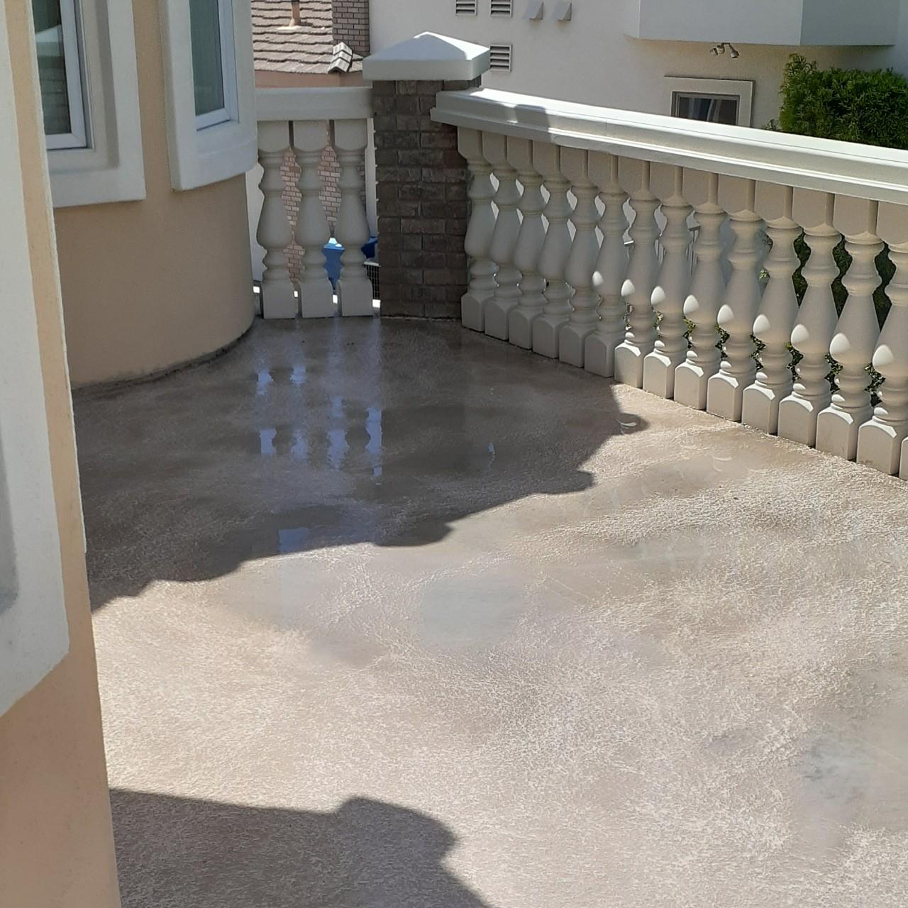 concrete-balcony-deck-restoration--cleaning-07
