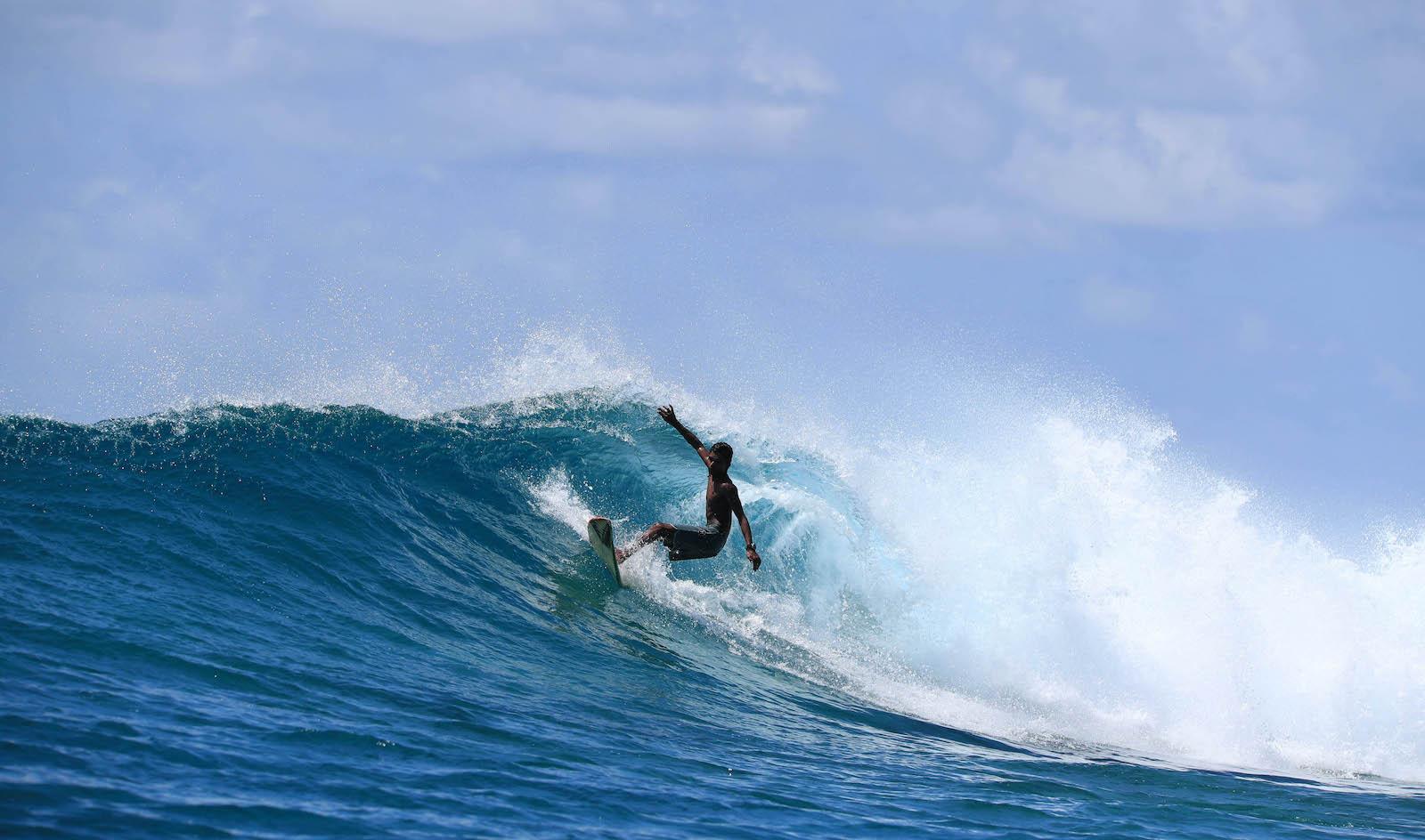 Carpe Vita Explorer Maldives Surf Charter Surfing