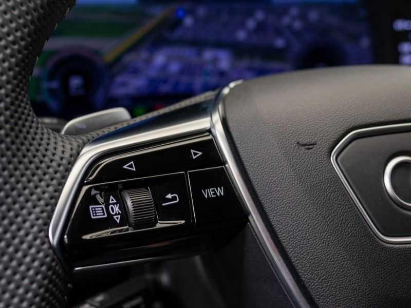 Audi A6 55 TFSI e quattro Competition Plug in Hybrid | 367PK | S-Line | B&O Sound | Nachtzicht | Camera | Adapt.Cruise | Head-Up | Trekhaak | Full Option | afbeelding 15