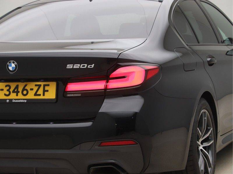 BMW 5 Serie 520d Sedan High Exe M-Sport afbeelding 21