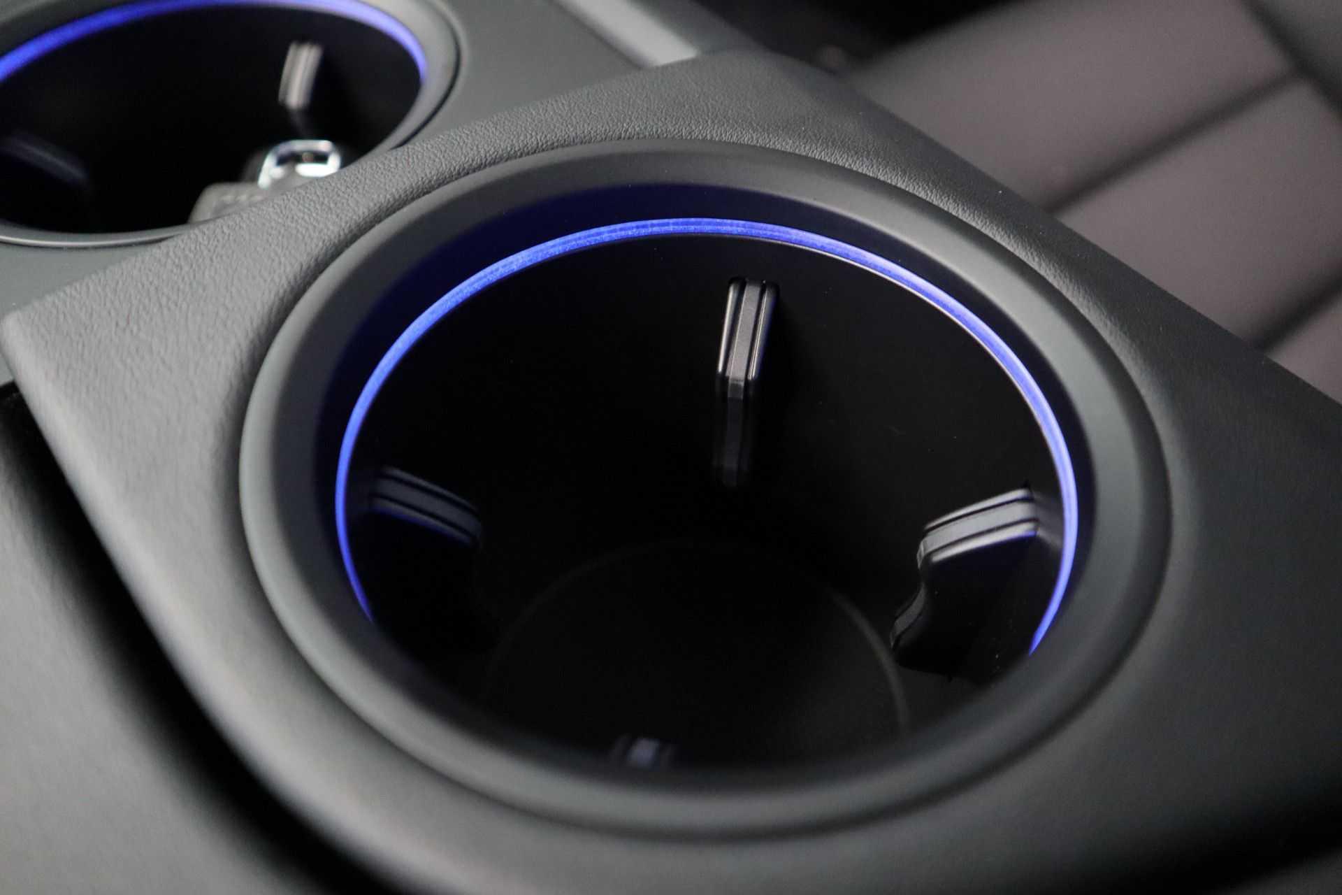 Porsche Taycan 4S Performance 571pk! Prijs = Ex.BTW Full-Led Sport-Chrono Panoramadak Warmtepomp afbeelding 31