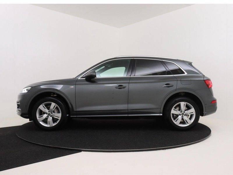 Audi Q5 50 TFSI e 299 pk quattro S edition   S-Line  Matrix LED koplampen   Assistentiepakket City/Parking   360* Camera   Trekhaak wegklapbaar   Elektrisch verstelbare/verwambare voorstoelen   Verlengde fabrieksgarantie afbeelding 6