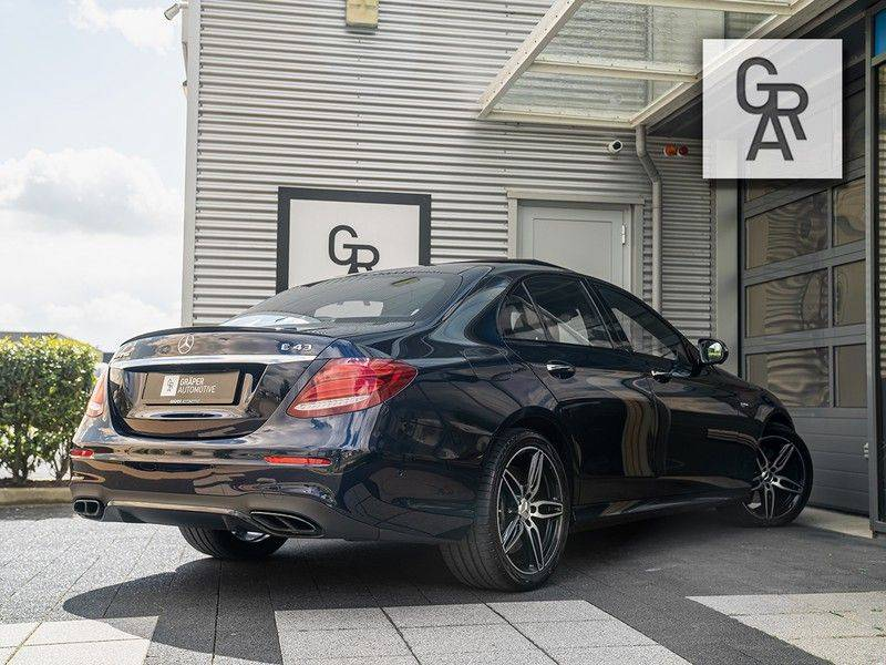 Mercedes-Benz E-Klasse 43 AMG-klasse 43 AMG 4Matic Premium Plus afbeelding 4