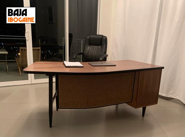 BAJA IBOGAINE Desk