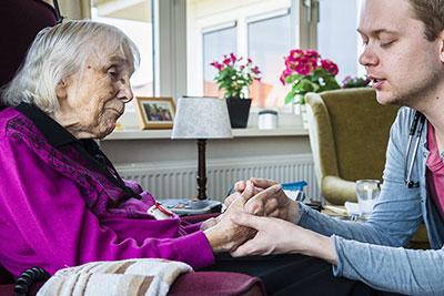 Pflegeheimbetreiber ZINN erstellt eigenständig E-Learning mit Akkreditierung