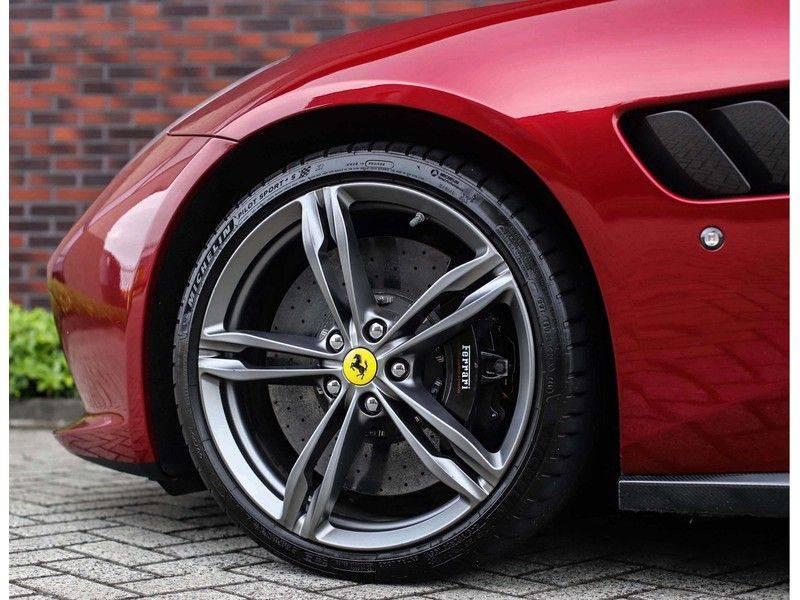 Ferrari GTC4 6.3 V12 Lusso *Panoramadak*passagiers display* afbeelding 6