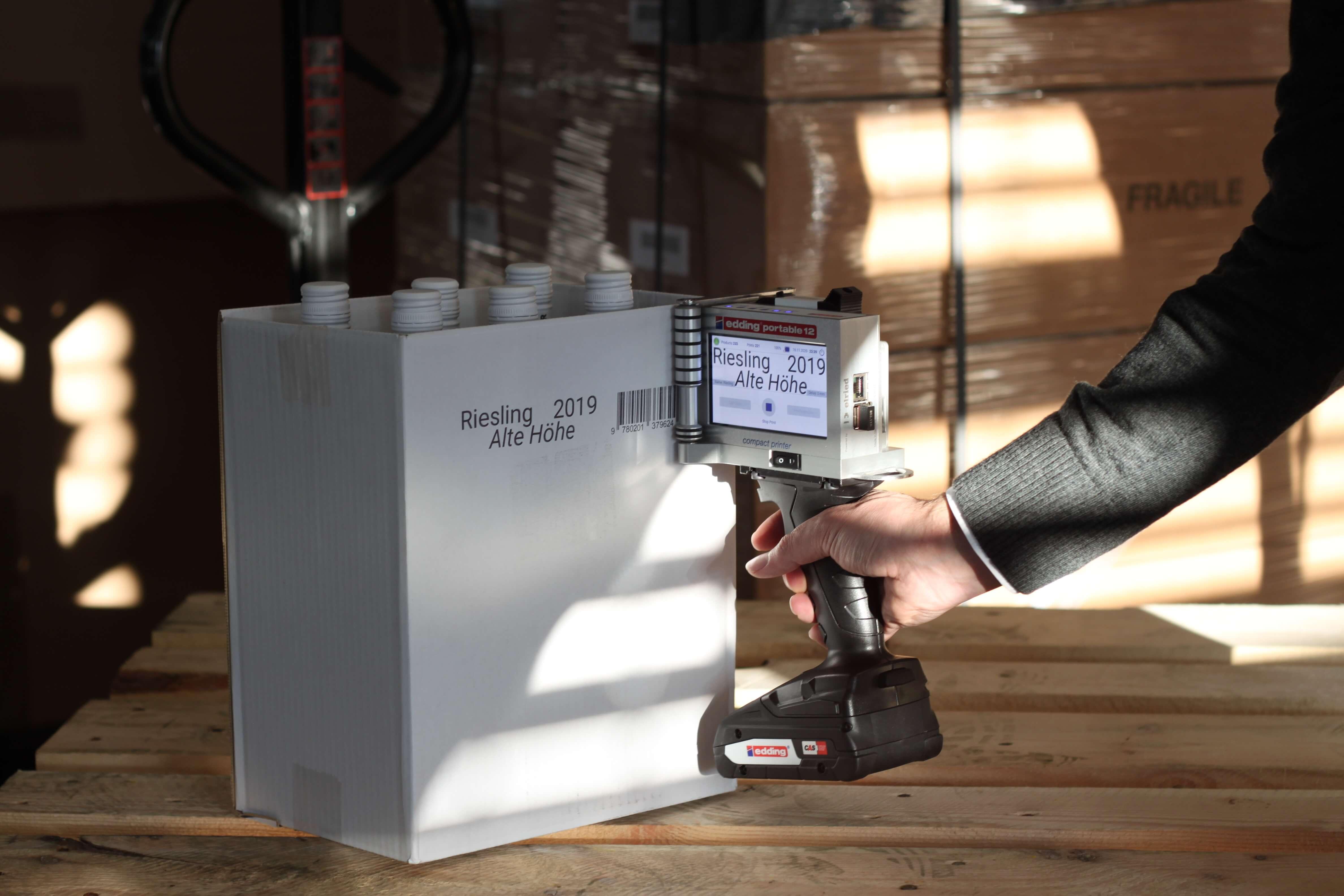 edding portable 12 printing on wine boxes
