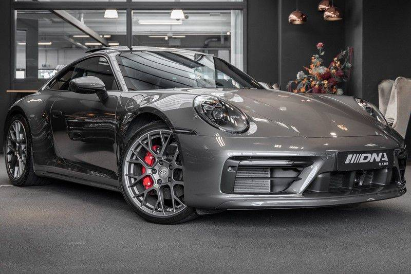 Porsche 911 992 4S Coupe Sport Design Pakket PDCC Ventilatie Pano ACC Surround Camera Achteras besturing 992 Carrera 4 S Vol afbeelding 1