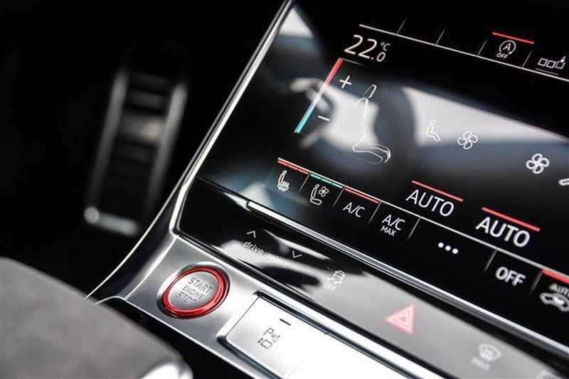 Audi RS6 DYNAMIC PLUS+CARBON+B&0 ADV.+ALC.HEMEL NP.254K afbeelding 4
