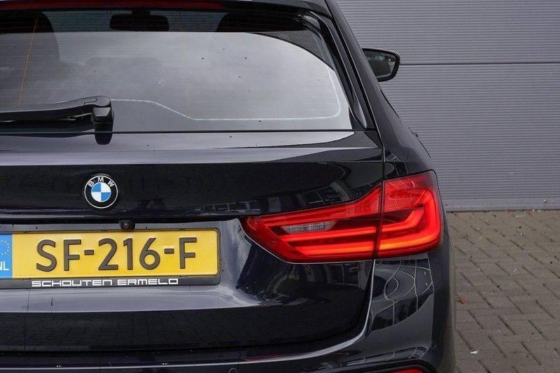 """BMW 5 Serie M550d X-Drive M-Pakket Shadow B&W Camera 360° Massage 20"""" afbeelding 16"""