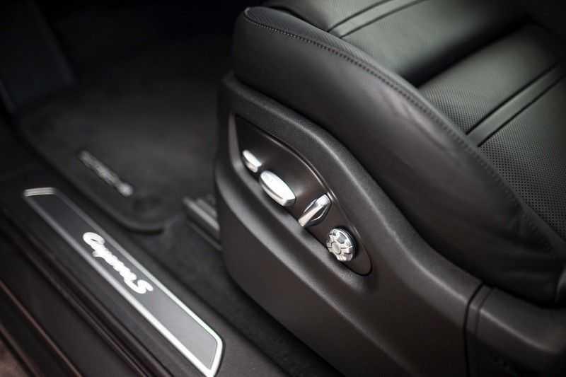 Porsche Cayenne 2.9 S Coupé 12-2020 Sportdesign *BOSE / 4 Wielbesturing / Memory / Sport Chrono / HUD* afbeelding 21