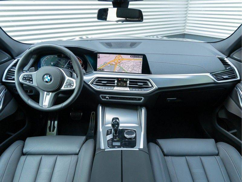 BMW X6 xDrive40i High Executive - M-Sport - Trekhaak - Head-up - Driving Ass Prof afbeelding 13