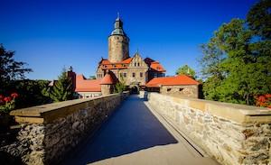 Atrakcja Zamek Czocha. Pod Smerkami - Szklarska Poręba   Domki, Pokoje, Nocleg