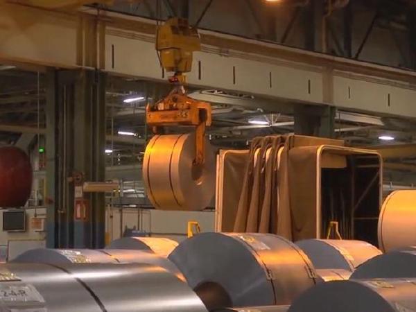 GDP, 올해 2.2% 내년 2.4% 성장 점쳐
